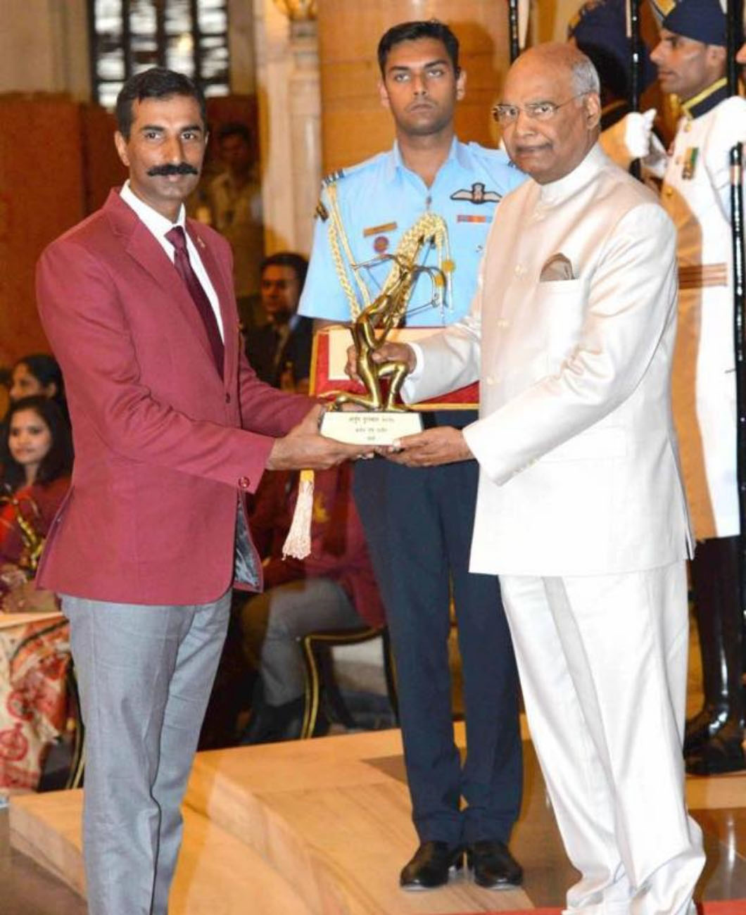 Col-Ravi-Rathore-arjuna-awardee-president-of-india-ram-nath-kovind