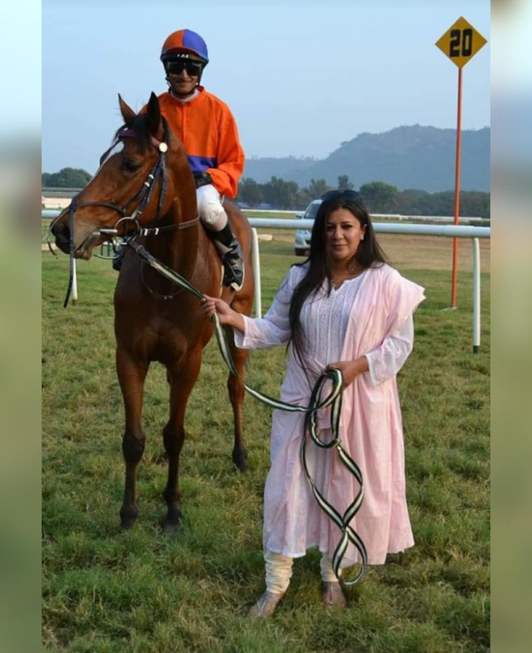 Parvati_Byramji_Horse_trainer_women_La_Polo