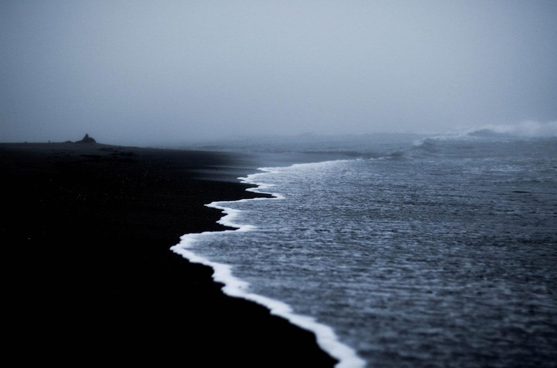 scandinavia black send beach