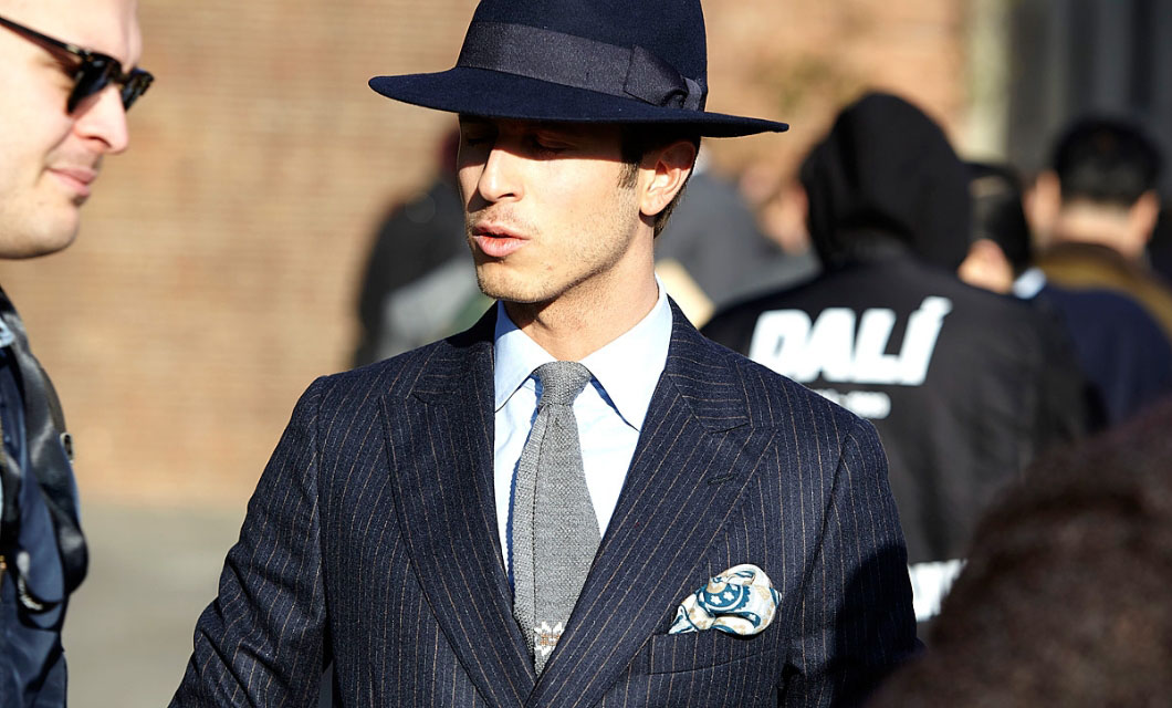 https://lapol0.s3.amazonaws.com/media/None/bowler-hat-mens-fashion-guide-to-wearing-mens-hats-with-suits-man-of-many-la-polo.jpg