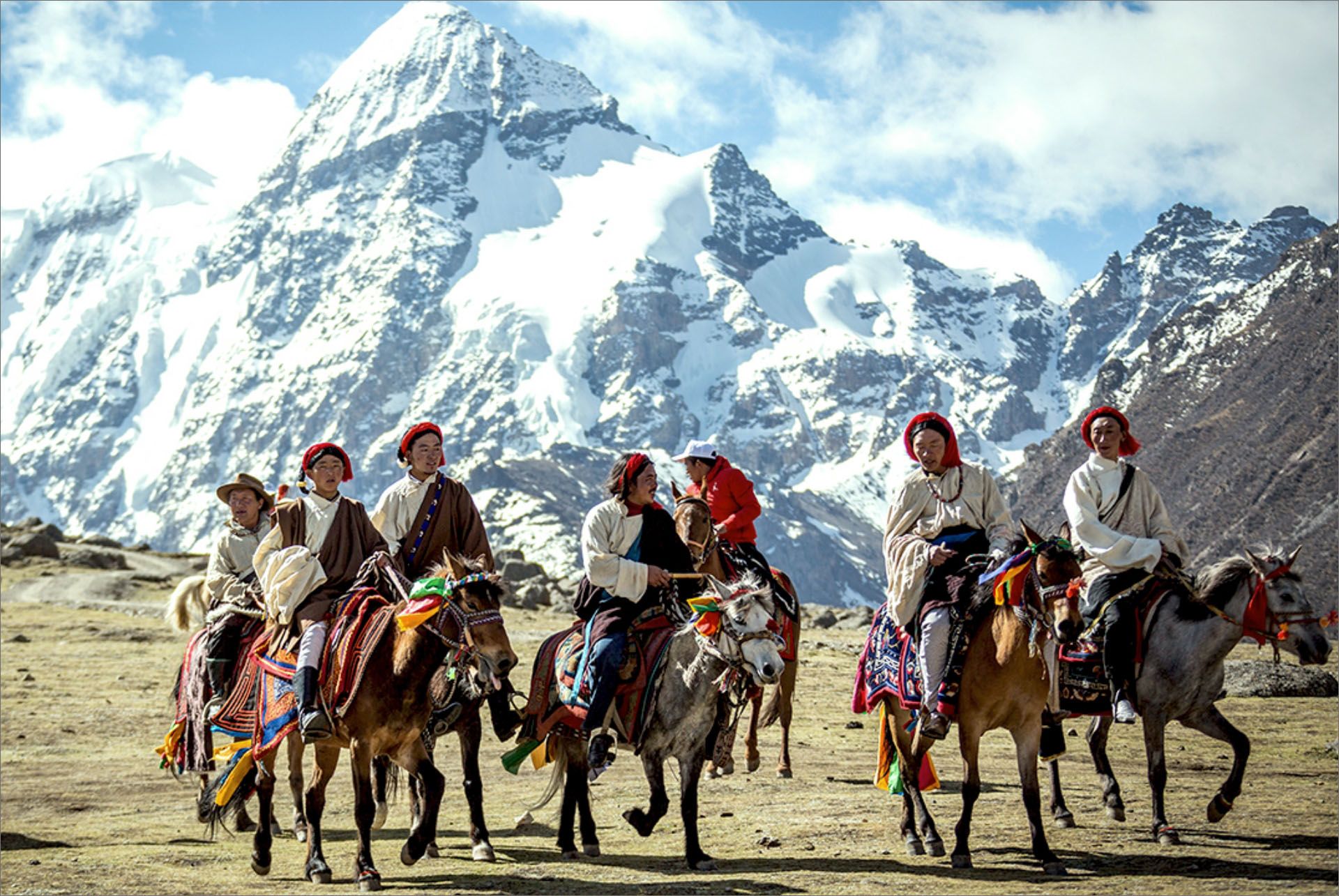 Horse Racing Festivals in Tibet