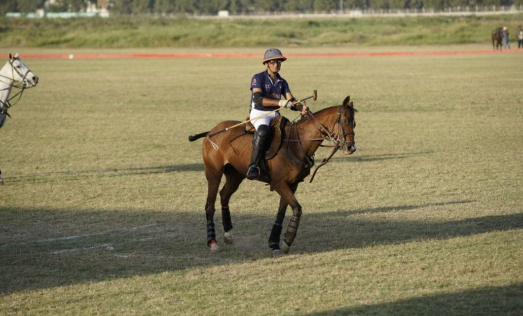 horse-racing-game-la-polo