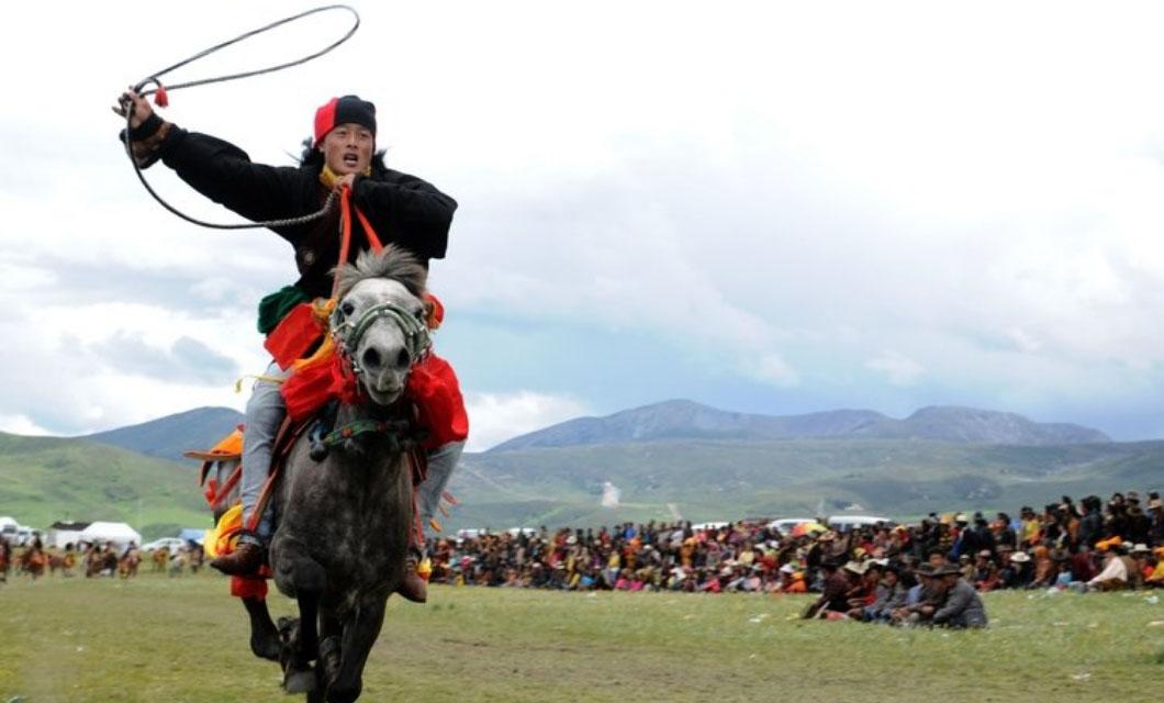 itang-horse-festival-la-polo