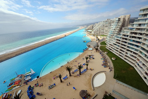 5 Facts To Know Before Swimming In The World's Largest Pool lapolo