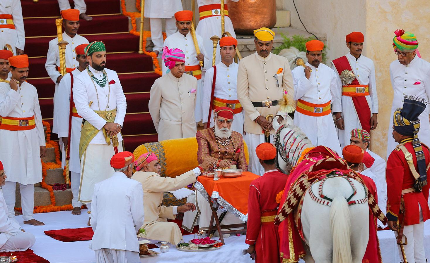 shri-arvind-singh-mewar-of-udaipur-lapolo