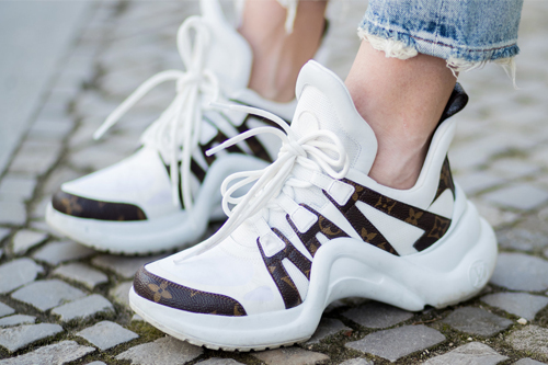 Types of shoes every woman should have, types of shoes, different types of shoes, types of footwear, type of shoes, block-heels, mules, boots, sneakers, ugly sneakers, loafers, grandma sneakers
