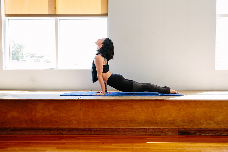 yoga-santa-monica-lapolo